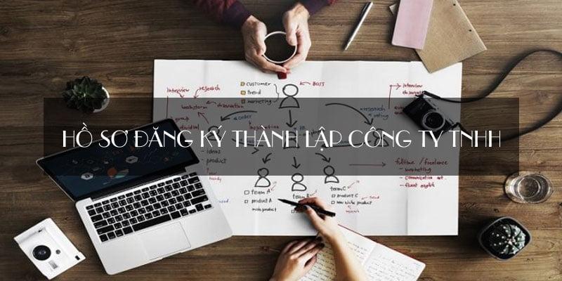 Khi làm hồ sơ đăng ký thành lập công ty TNHH. Bạn cần phải xác định rõ 6 yếu tố: Loại hình công ty, tên công ty, địa chỉ đặt trụ sở, ngành nghề kinh doanh, vốn điều lệ, người đại diện theo pháp luật. Áp dụng cho Công ty TNHH 1 thành viên, Công ty TNHH 2 thành viên trở lên.